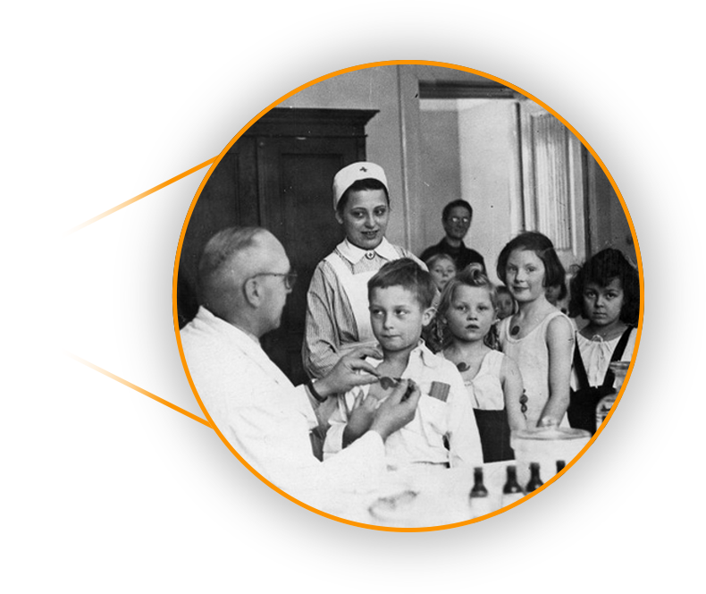 Grafika przedstawiajaca dawne badania lekarskie na krztusiec u dzieci